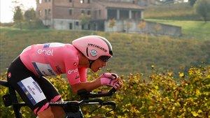 Joâo Almeida, en la contrarreloj del Véneto donde confirmó el liderato del Giro.