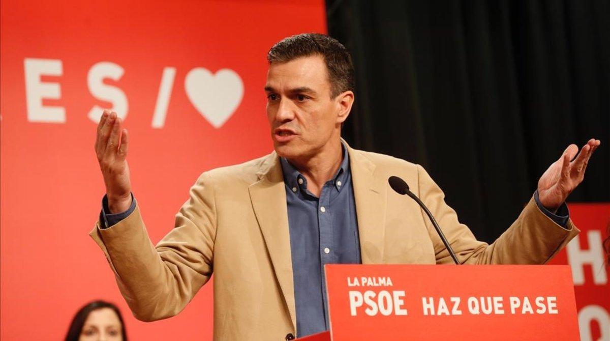 Pedro Sánchez, este domingo durante su mitin en Las Palmas de Gran Canaria.