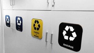 Unilever España ha incluido en sus instalaciones contenedores de reciclaje.