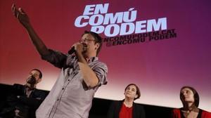 Xavier Domènech y Ada Colau, en la presentación de En Comú Podem, en los Cinemes Girona de Barcelona.