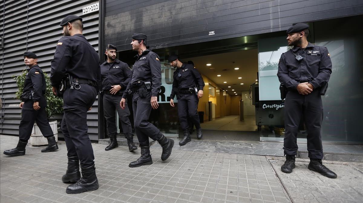 Registro en la que fuera sede de CDC de Barcelona, en octubre del 2015.