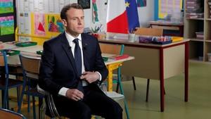 Emmanuel Macron en un aula, el pasado mes de abril.