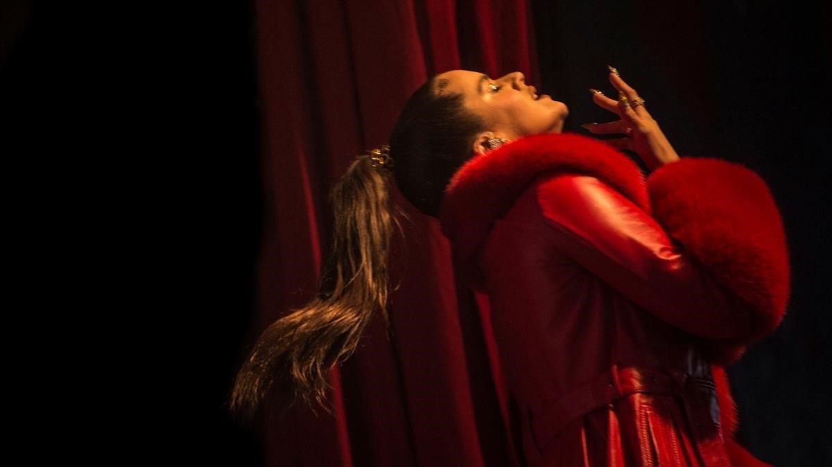 Rosalía, durante un concierto en Dinamarca, este miércoles.