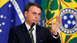"""Bolsonaro qualifica de """"bla-bla-bla"""" els documents sobre els horrors de la dictadura"""