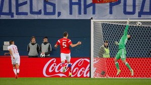 undefined40945304 soccer football international friendly russia vs spain 171114202336