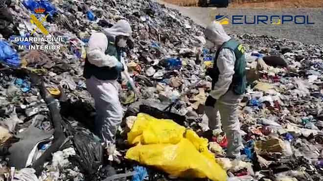 Detingudes 44 persones per irregularitats en la gestió de residus sanitaris de coronavirus