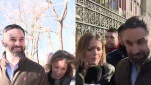 """Máxima tensión entre Andrea Ropero y Santiago Abascal: """"No me empuje, me va a tirar"""""""