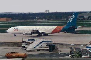 Un avión Boeing 707-458 de la compalía israelí Arkia.