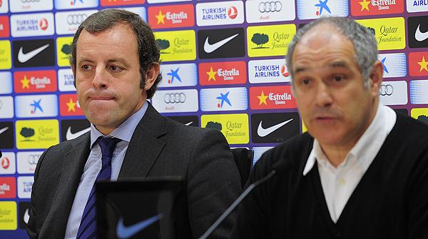 19.7.2013. Sandro Rosell y Andoni Zubizarreta comunican que Tito ha recaído y que, por incompatibilidad con el tratamiento que debe recibir, abandonaba el banquillo azulgrana.