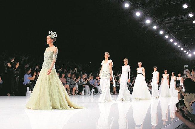 La moda nupcial conquereix Barcelona