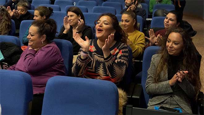 concierto en encuentro de mujeres gitanas del raval