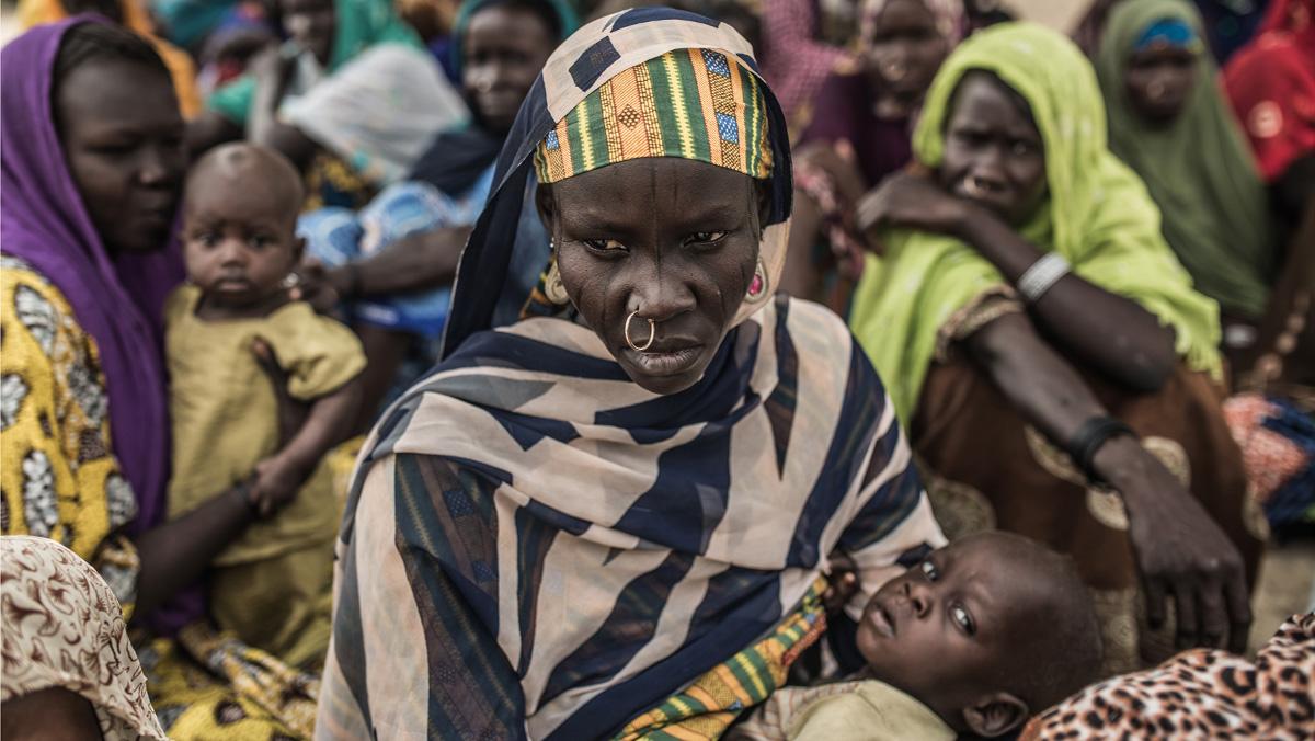 Decenas de miles de personas han huídode Boko Haramy han hallado refugio en asentamientos de desplazados junto al lago Chad asistidos por Oxfam-Intermón.