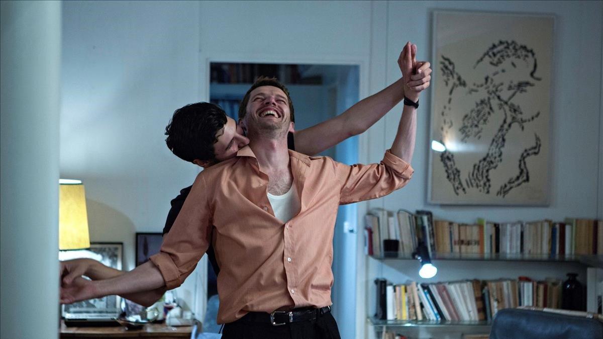 Fotograma de la película 'Vivir deprisa, amar despacio'.