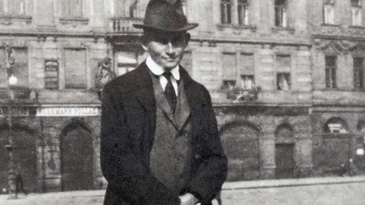 Al igual que Franz Kafka, Pablo Sánchez ha escrito un texto sobre la complejidad de las relaciones paternofiliales.