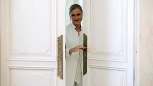 Cristina Cifuentes reapareix amb un retret a Màxim Huerta