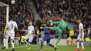 El gol inicial de Luis Suarez.