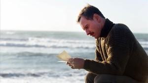 Michael Fassbender, en una imagen de La luz entre los océanos.