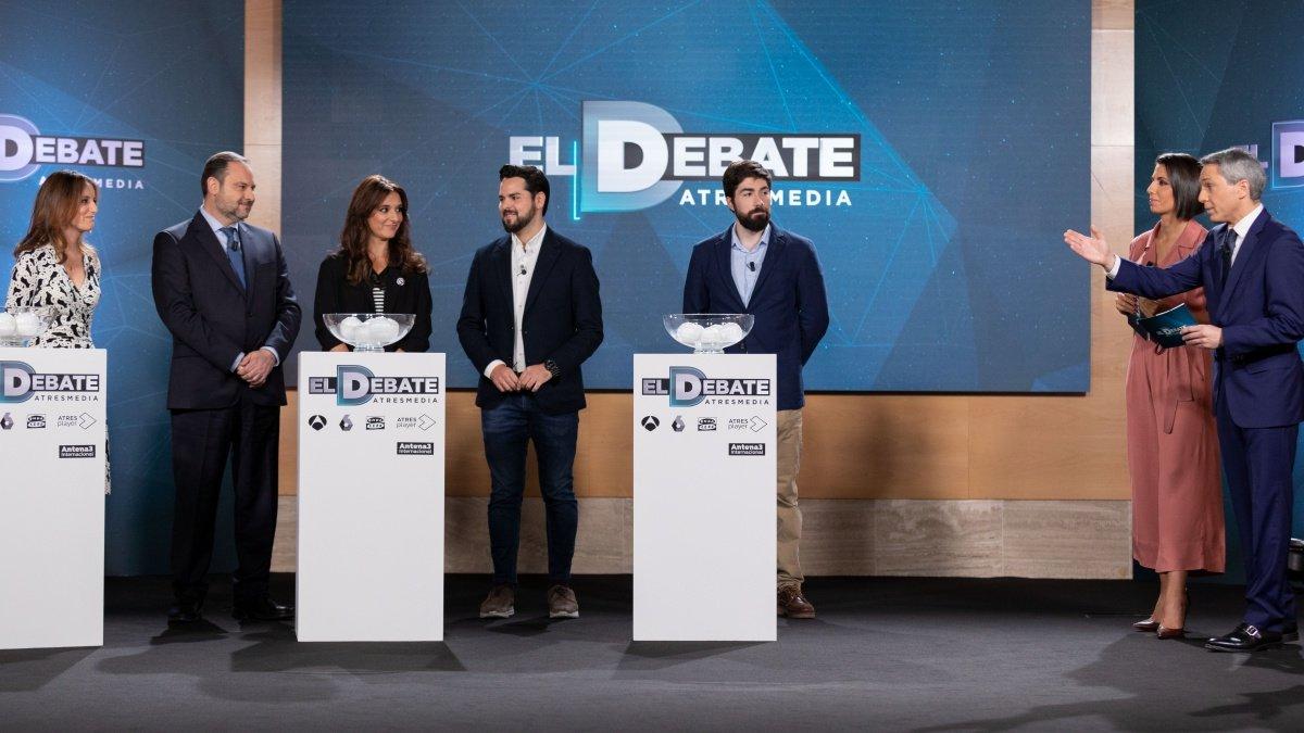 Imagen del sorteo de 'El debate' a cinco que propuso Atresmedia.
