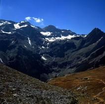 Muere un montañero francés al sufrir una caída en el Pirineo de Huesca