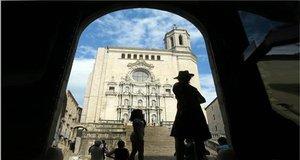 Día previo al rodaje de Juego de Tronos, en el exterior de la catedral de Girona, en el 2015.