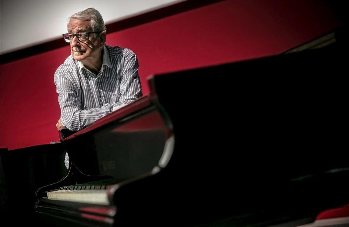 Joan Pineda, pianista oficial de las películas mudas de la Filmoteca de Catalunya.