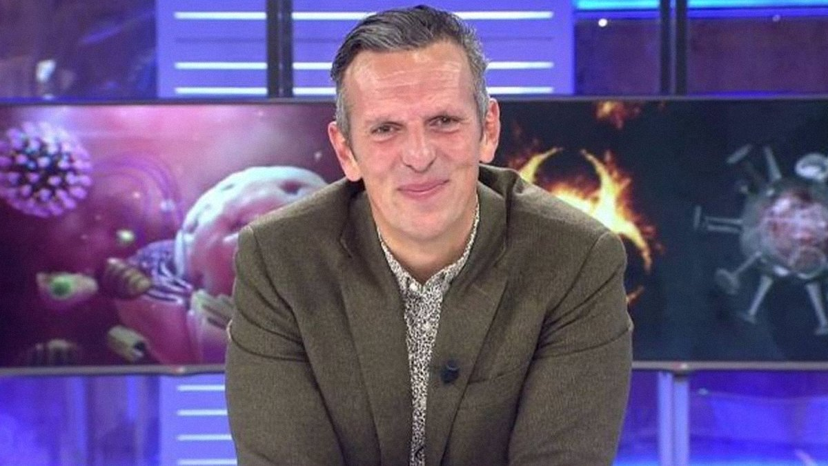 """Joaquín Prat, emocionado al entrevistar a las gemelas con piel de mariposa: """"Vaya lección de vida"""""""