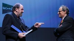 Josep Maria Pou y Quim Torra, en la gala del premio Català de l'Any de EL PERIÓDICO.