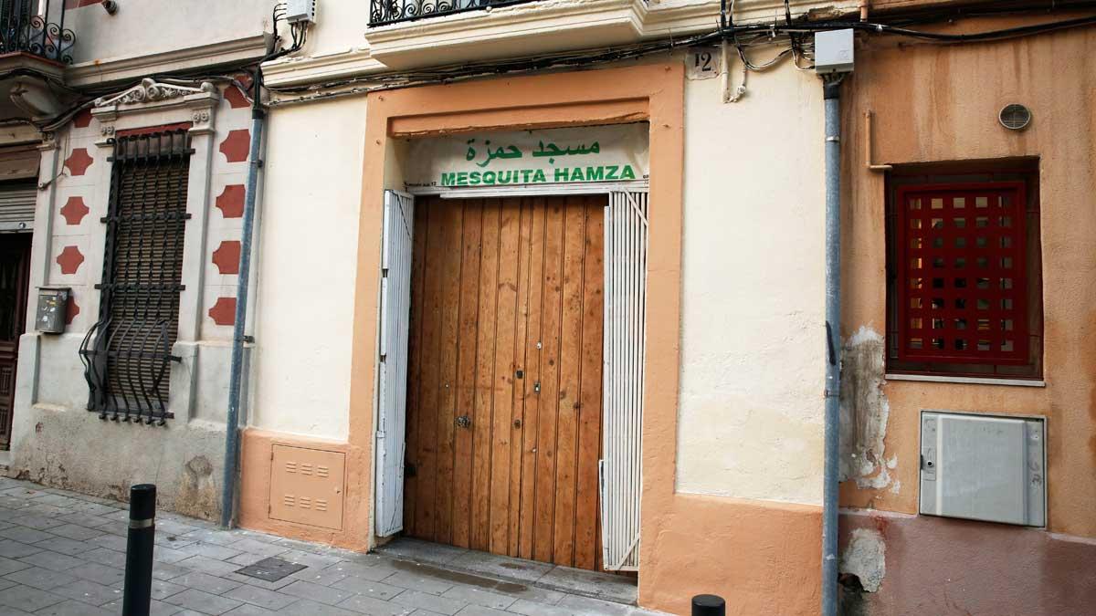El juzgado de instrucción 16 de Barcelona ha procesado a un imán de la capital catalana por una presunta agresión sexual a un niño menor de edad, de 13 años.