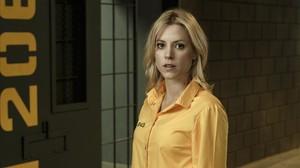 L'actriu Maggie Civantos, caracteritzada com Macarena Ferreiro, a 'Vis a vis'.