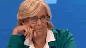 La reacció viral de Manuela Carmena al discurs de Silvia Saavedra sobre la contaminació