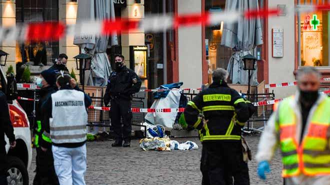 Al menos dos muertos en un atropello en una zona peatonal de la ciudad alemana de Tréveris.