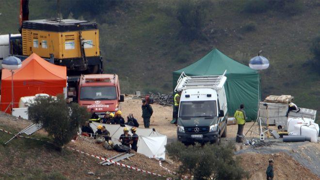 El pozo de Totalán (Málaga)donde cayó el niño Julen es irregular y el sellado era deficiente.