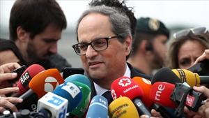 El president de la Generalitat, Quim Torra, a la salida de su visita en Estremera.