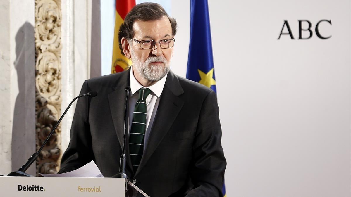 Rajoy recuerda al PNV el respeto a la ley ante derecho a decidir.