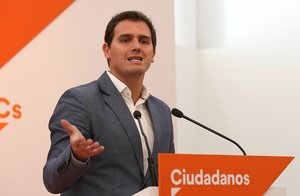 """Rivera critica el """"supermercat"""" del PP i el PSOE amb el CGPJ i Podem rebutja Marchena"""