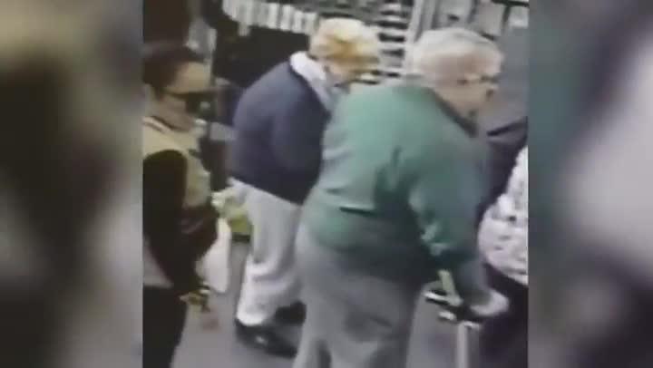 Robo a una anciana en una farmacia de la Línea de la Concepción (Cádiz)