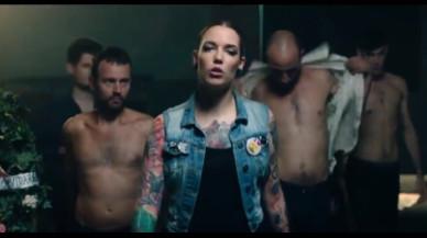 """El vídeo del Salón Erótico de Barcelona que carga contra el """"porno machista"""" y los jueces de La Manada"""