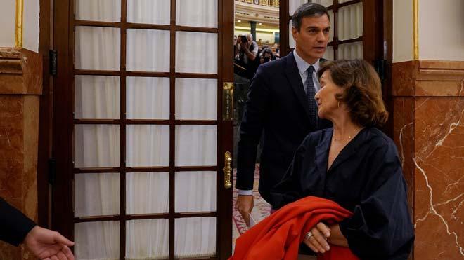 Sánchez avisa de que aplicará el 155 si la Generalitat vulnera la Constitución.