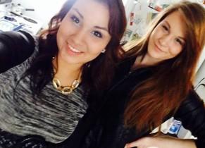 El selfie que ha delatado aCheyenne Rose Antonie, izquerda.