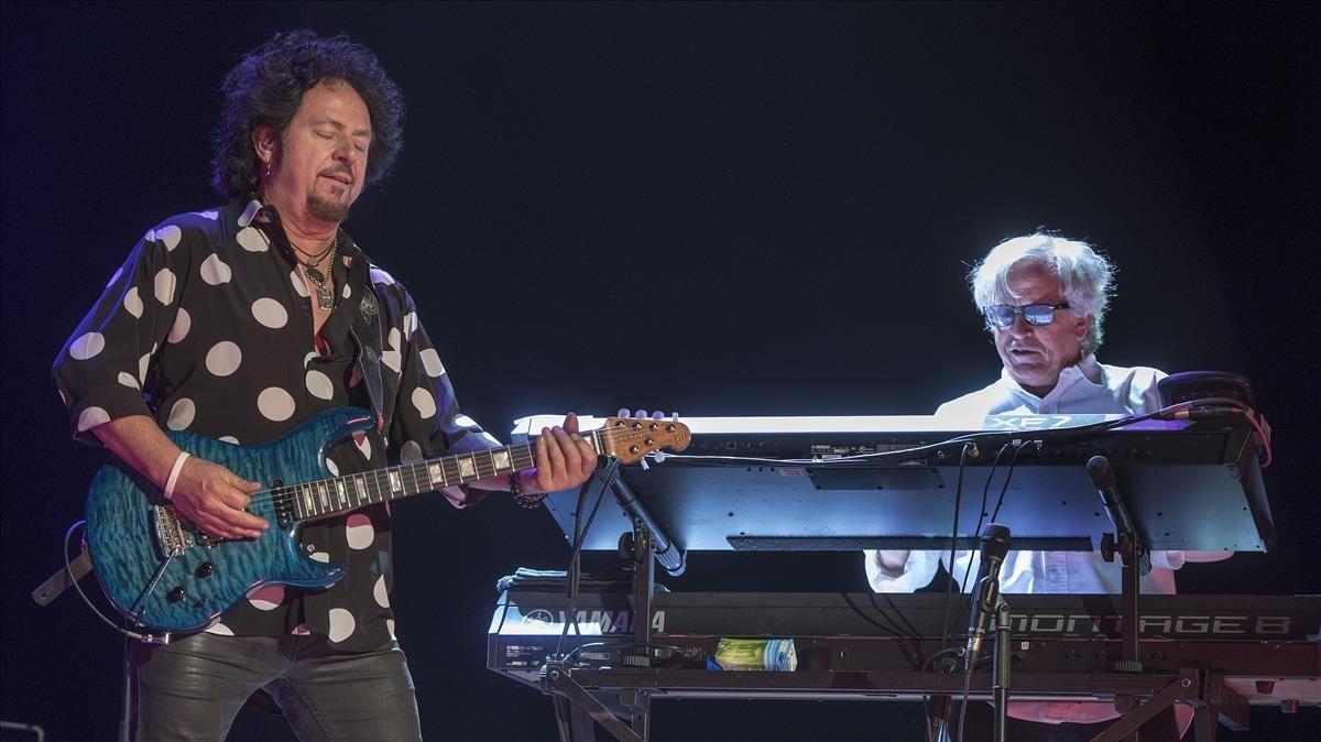Seve Lukather y Steve Porcaro, en el concierto de Toto en el Parc del Fôrum