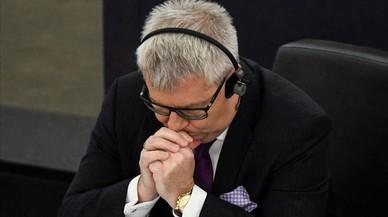 Desposseït de la vicepresidència del Parlament Europeu per dir nazi a una diputada