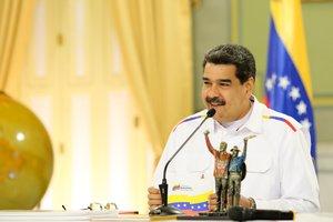 El presidente de Venezuela, Nicolás Maduro, presenta su plan minero. AFP