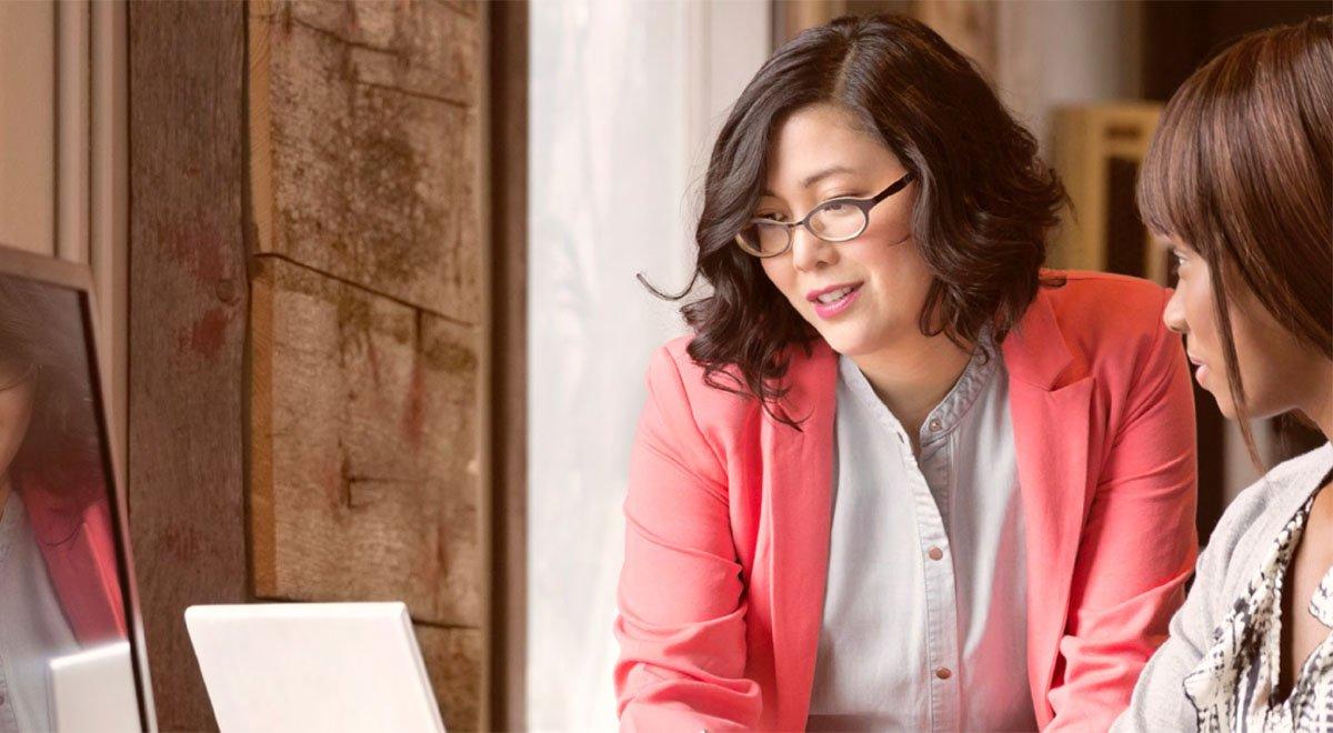 Programas de liderazgo para aumentar la presencia de la mujer directiva