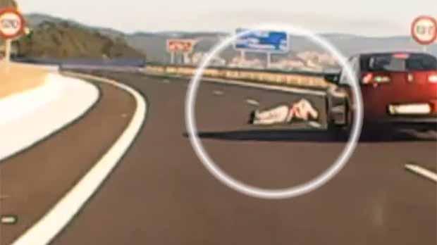Un kamikaze provoca un accident múltiple en un possible cas de violència masclista