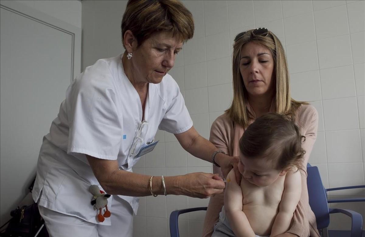 Les infermeres prescriuran les vacunes després de l'estiu