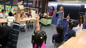La xifra d'alumnes de primària cau per primera vegada des del 2004