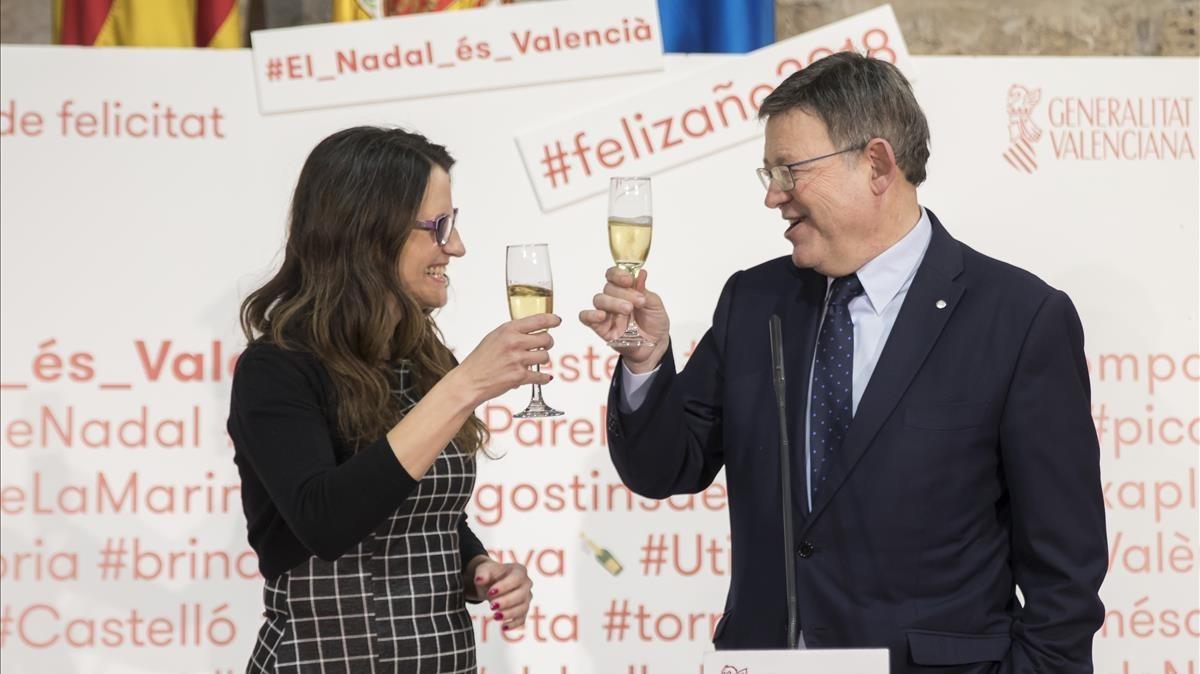 Ximo Puig y Mónica Oltra afeanaMariano Rajoy no tener encima de la mesa un nuevo acuerdo de financiación autonómica.