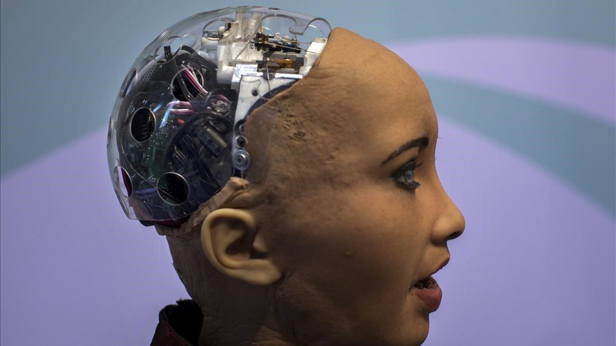 El robot Sophia, que incorpora Inteligencia Artificial, en supresentación en el pasado Mobile World Congress de Barcelona.