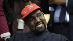 Kanye West, con su gorra de apoyo a Trump, en el despacho Oval, en el 2018.