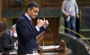 Pedro Sánchez interviene durante la moción de censura.